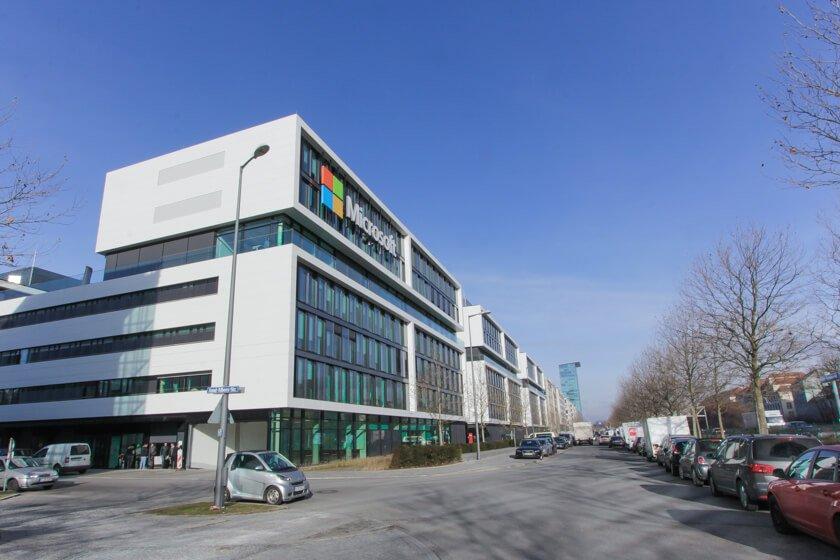 Digitale Leute - Tobias Röver - Microsoft - Micrsoft München bei strahlendem Winterwetter.