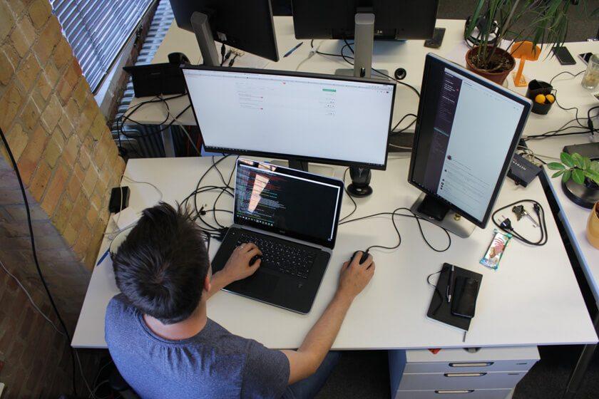 Martin Javorek am Rechner