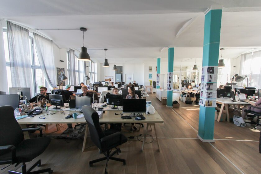 Digitale Leute - Thomas Unruh - Lesara - Die hellen Räume bei Lesara.