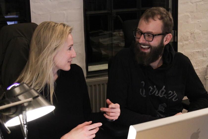 Digitale Leute - Bastian Scherbeck - Kolle Rebbe - Bei Kolle Rebbe in Hamburg gibt es kaum Softwaretools, dafür viel menschlichen Kontakt.
