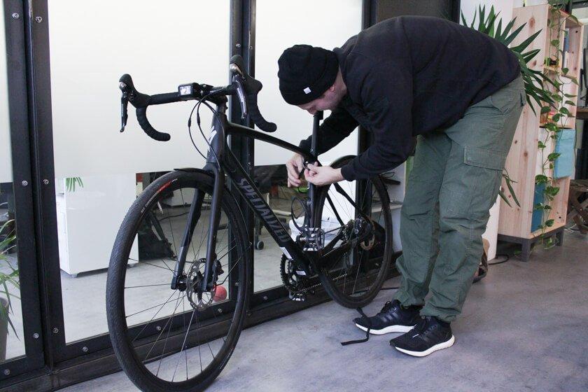 Ingo Ellerbusch - Jimdo - Ingo fährt täglich mit dem Fahrrad zur Arbeit.
