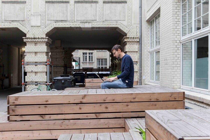 Digitale Leute - Martin Junker - Idealo - Auf dem ehemaligen Industrieareal arbeiten nun 700 Mitarbeiter von Idealo.