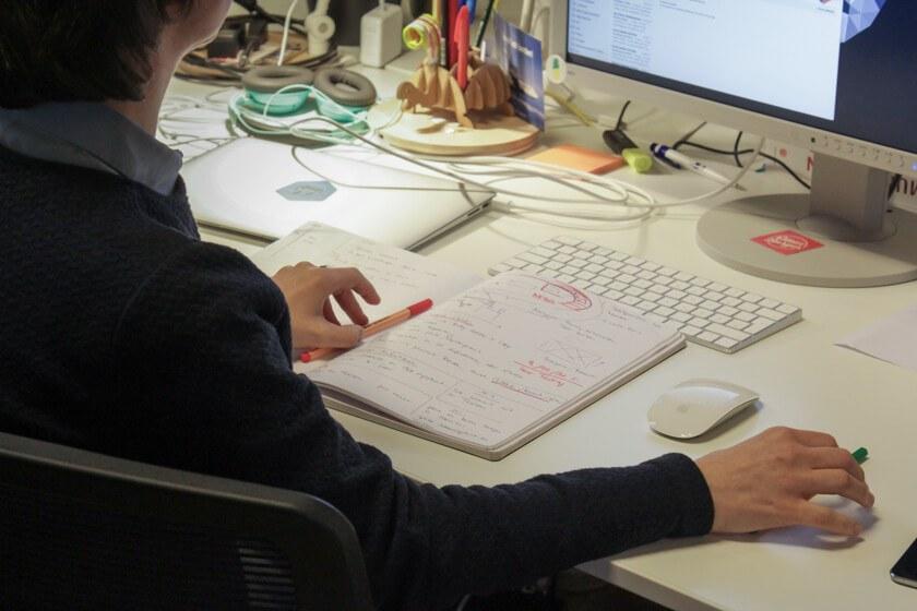 Digitale Leute - Mariana Gütt - Demodern - Das Notizbuch ist auch bei Mariana Gütt von Demodern ein wichtiges Werkzeug.