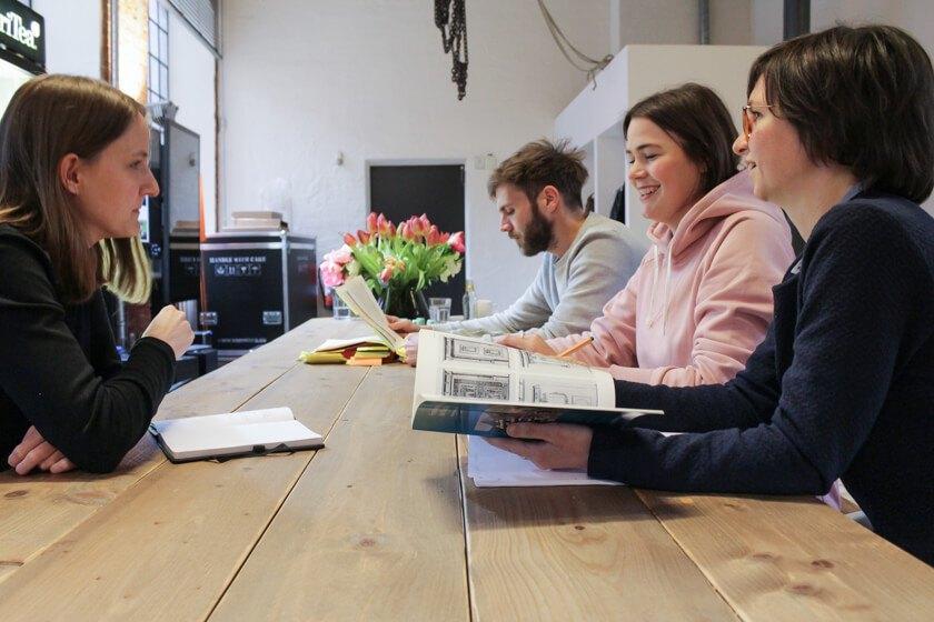 Digitale Leute - Mariana Gütt - Demodern - Mariana Gütts Team arbeitet schwerpunktmäßig an Virtual Reality Projekten.