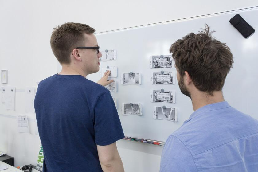 Digitale Leute - Lukas Höh - Fluur - Das Team hat sich über die Kölner VJ-Szene kennengelernt.