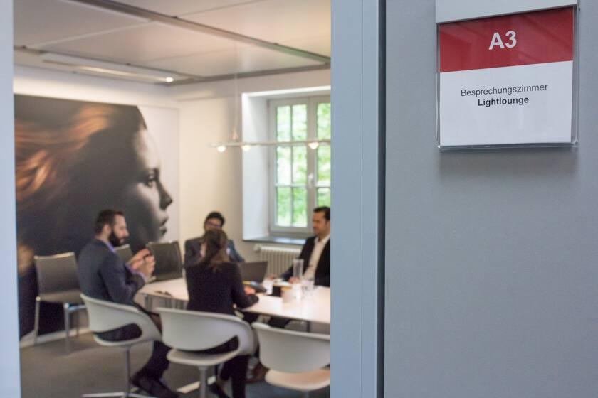 Digitale Leute - Dr. Nils Daeke - Henkel - Die Lightlounge, Ort des Geschehens an dem wir das Interview mit Nils Daeke geführt haben.