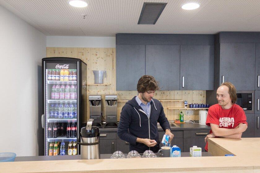 Digitale Leute - Markus J. Doetsch - Rocket Internet - Auf jeder Etage im Rocket Tower gibt es für die Teams eine eigene Küche.