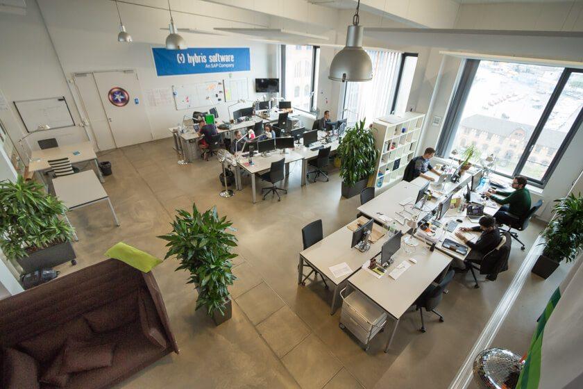 Digitale Leute - Nadia Vinciguerra - ecx.io - Blick auf die Abteilunge Hybris Software bei ecx.io in Düsseldorf.