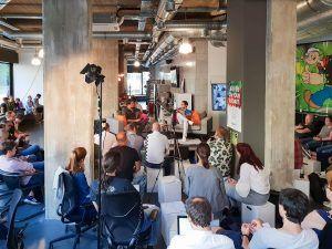 Im Headquarters Cologne kamen rund 80 digitale Professionals zum fünften Meetup von Digitale Leute.